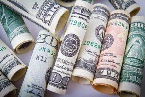 سعر صرف الدولار اليوم في مصر